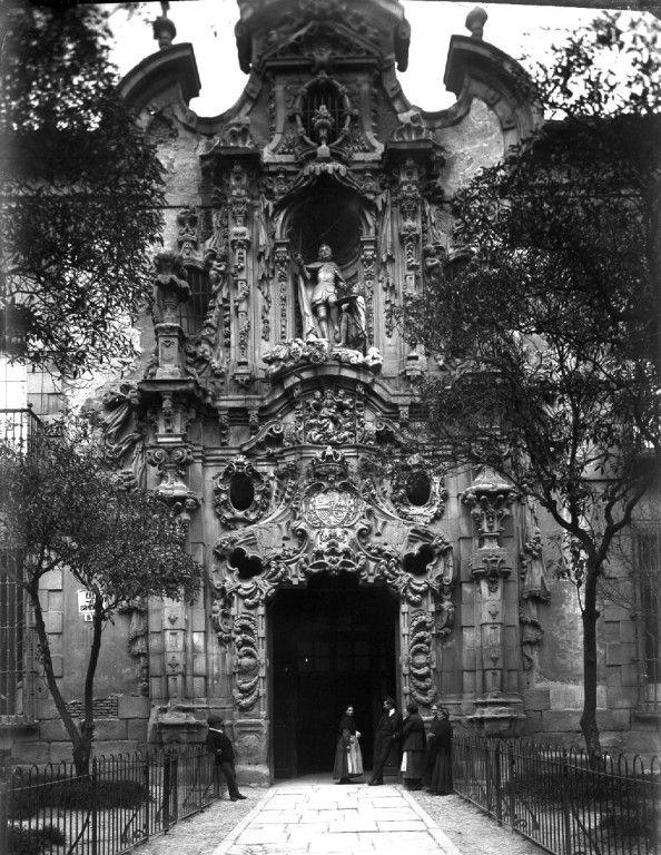 Hospicio de la calle de Fuencarral a comienzos del siglo XX
