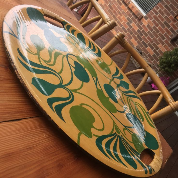 Love this vintage tray. Getting the tropical vibes happening this summer!!!