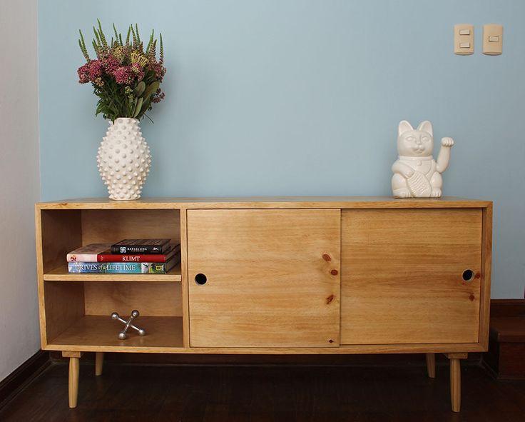 Consola en madera Pino //  Sybil Roose (Visybilidad)
