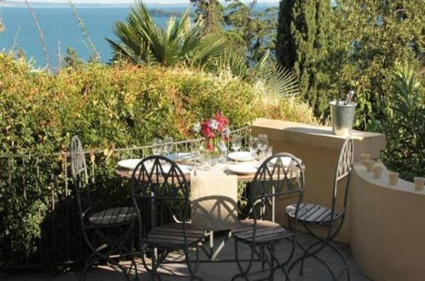 Gardone Riviera, Garda Lake http://www.alwaysonvacation.it/case-vacanze/1152900.html