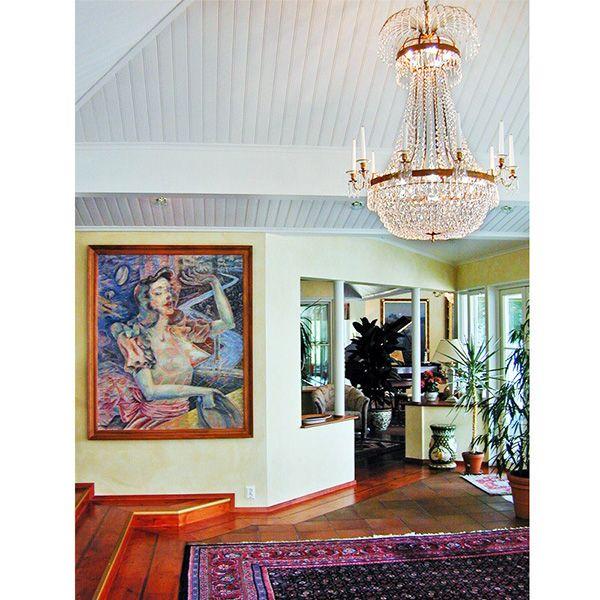 """LYSEKRONE EMPIRE 10 ARMAR Nobel i den største størrelsen, passer perfekt for boliger med høye tak , det er laget for dem som ønsker større lysekroner i klassisk imperium stil. Den type lysekrone var på filmen """" Titanic """", der viser luksus og utrolige følelser.Lysekrone med levende lys."""