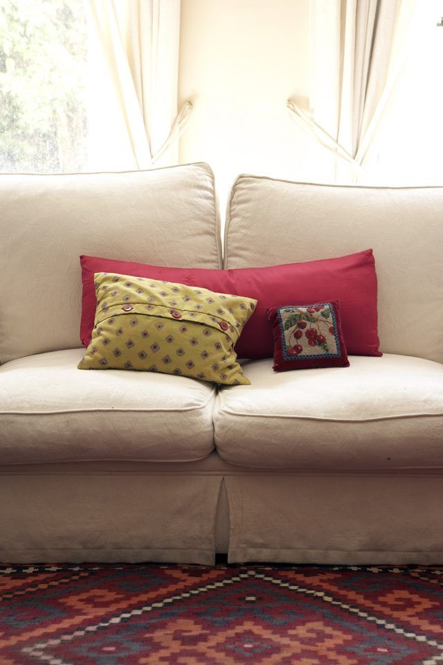 how to make no sew couch slip covers with sheets rustic farm chic rh pinterest com