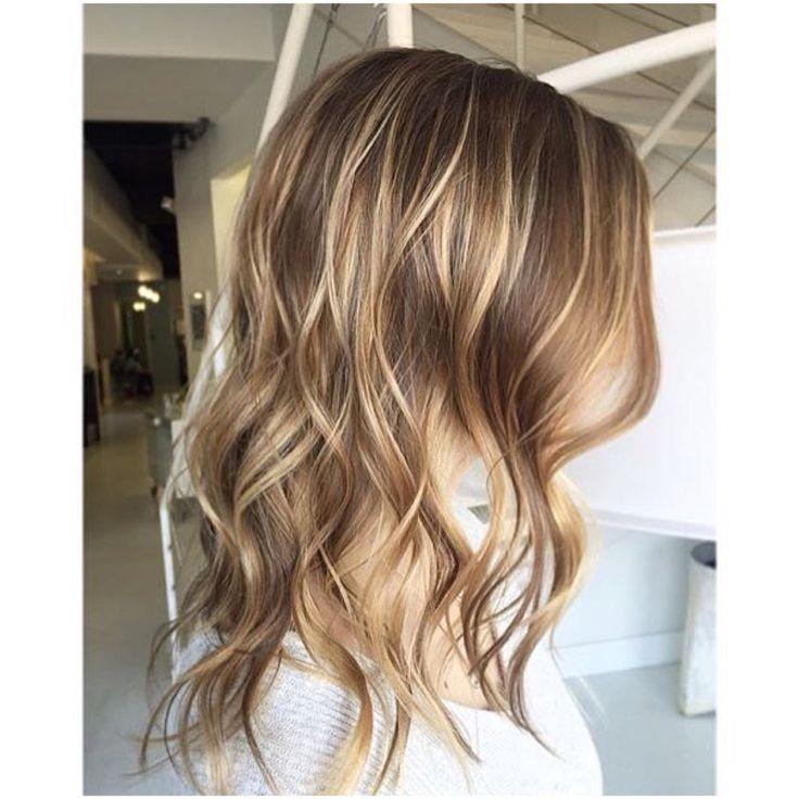 Mixed hair colour