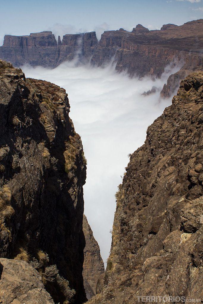 Drakensberg, montanha mais alta da África do Sul                                                                                                                                                     Mais