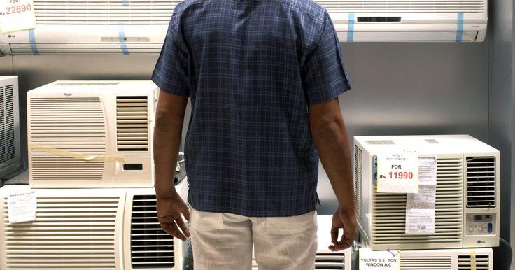 Cómo arreglar un aire acondicionado LG. LG fabrica una gran variedad de productos, como aparatos electrónicos, electrodomésticos, de calefacción y aire acondicionado para uso residencial y comercial. Los aires acondicionados LG ofrecen varias temperaturas de refrigeración, y se pueden comprar en línea o en un local. Si estás experimentando problemas con tu equipo de aire acondicionado ...