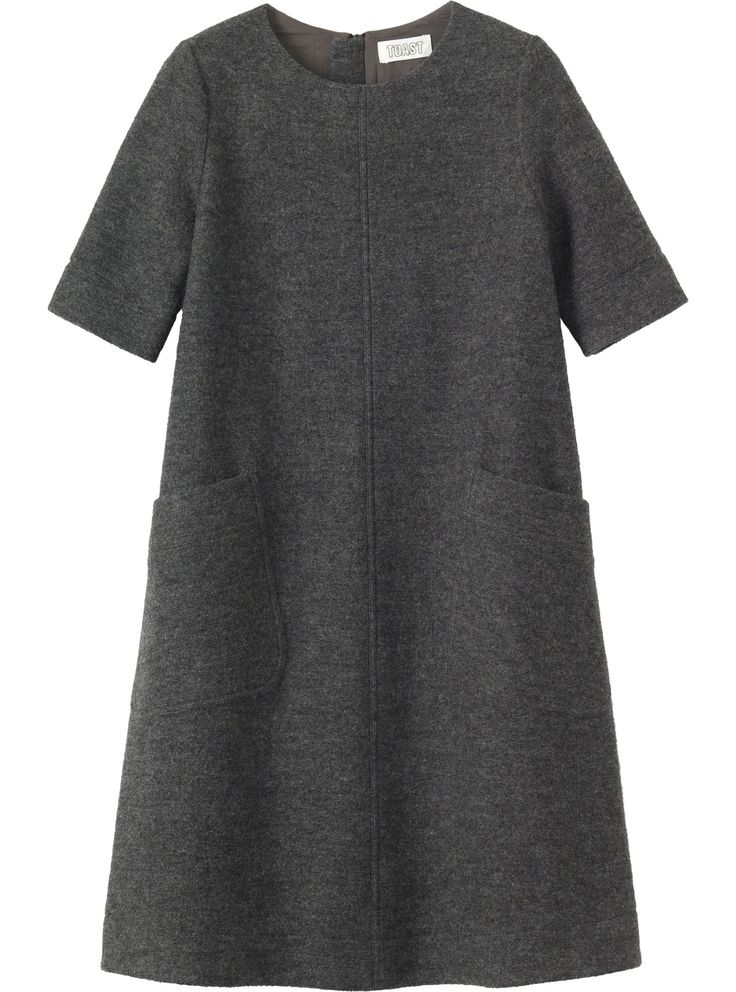 A-line dress with just above elbow-length sleeves and two slanted patch pockets, in a washed, weighty, Italian-woven wool.