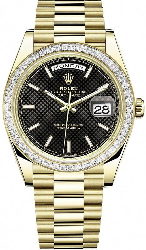 c0527824727 Rolex Day-Date 40 mm 18K Yellow Gold Trapezoid-Cut Diamond Bezel Diagonal  Motif