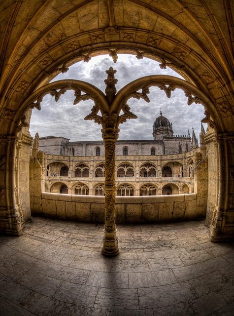 mosteiro do jeronimos, lisbon
