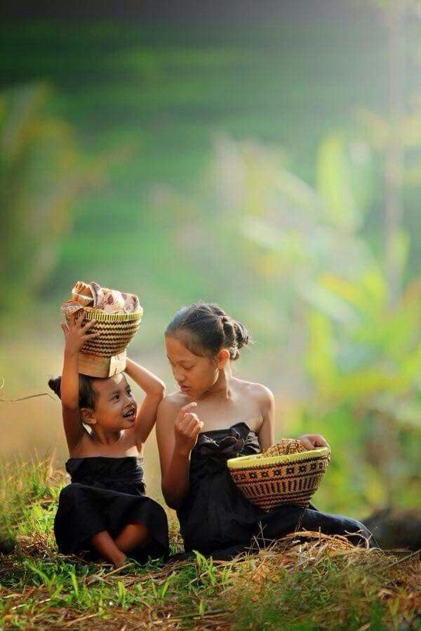 Bali girls, Bali, Indonesia, Wanderlust, Bucket List, Island, Paradise, Bali, Travel, Exotic Places, temple, places to visit in Bali, Balinese food must try.