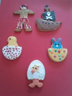 Galletas de Pascua y Pirata de pata de palo