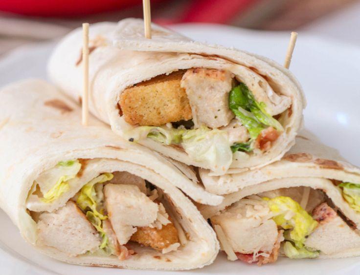 Vous cherchez une nouvelle idée pour vous faire des lunchs? Essayez ces délicieux wrap au poulet césar! C'est facile et ça vous fera des super bons lunchs pour quelques jours