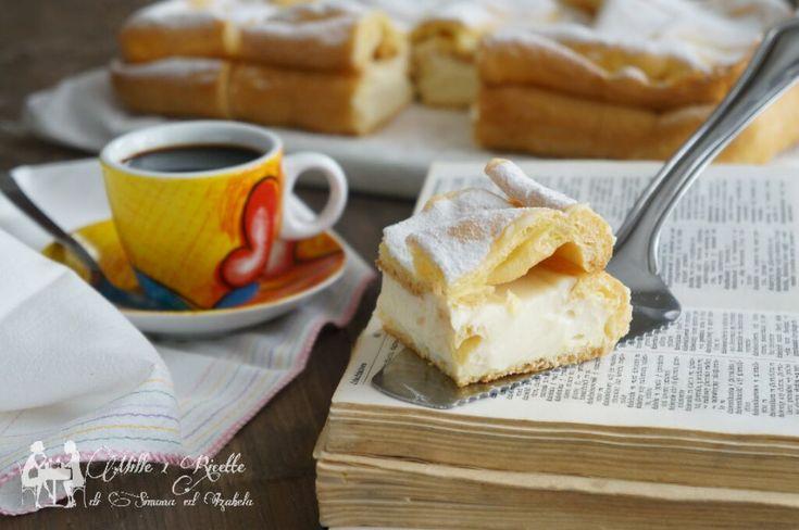 Una ricetta classica con le origini Polacche. Torta Karpatka è fatta di impasto scottato, che cresce splendidamente, creando alte montagne ...