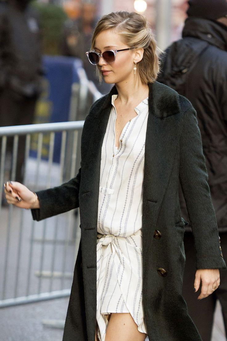 Jennifer Lawrence porte son menton Bob de 3 façons