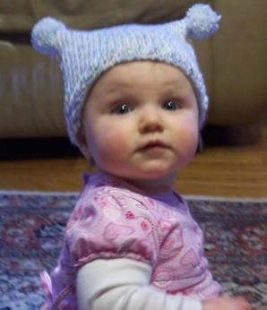 Knitting: Infant and toddler knit hat pattern; Craft Elf