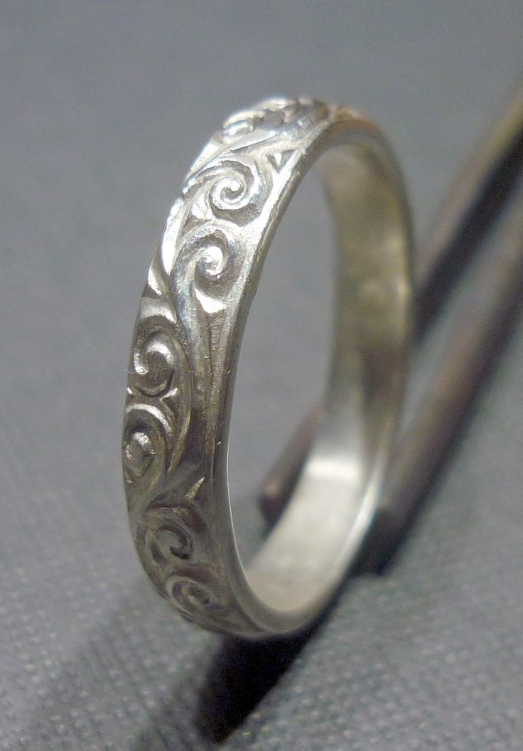 Introducing our Vine embossed silver ring!