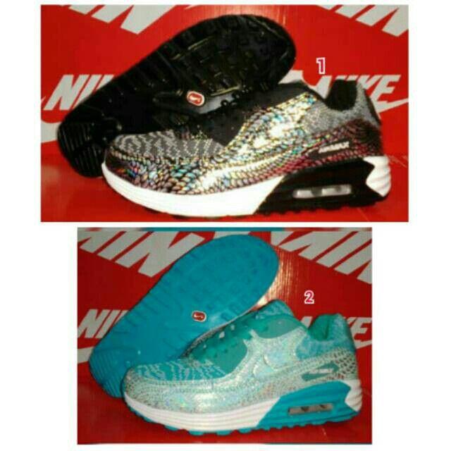 Saya menjual Sepatu NIKE Airmax Tab Women Perempuan Olahraga Lari Wanita Running…