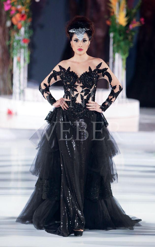 Black Swan Kebaya