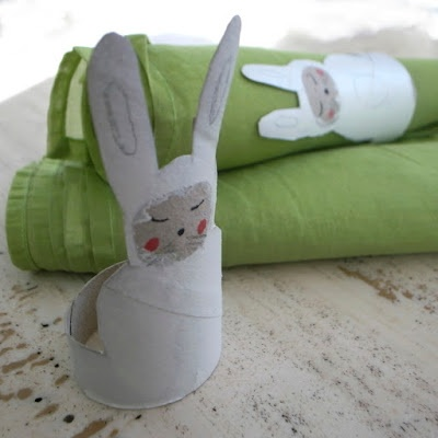 Rabbit  A toilet paper roll as an napkin ring for easter.