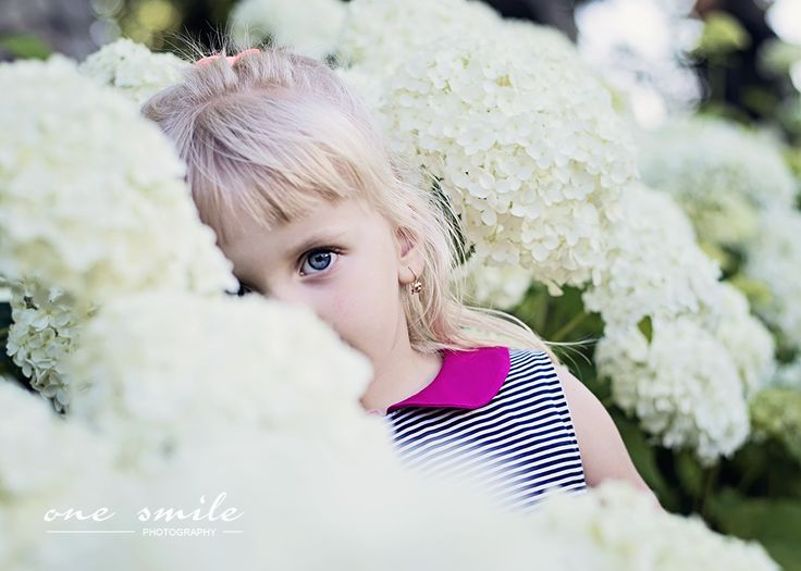 girl in flower | by One Smile Photography mporwisz.blogspot.com