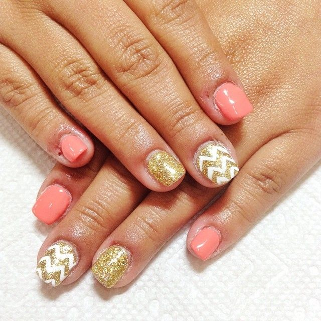 Christmas Nails Nexgen: Coral And Gold Nails Over Nexgen Dip, With Chevron Accents