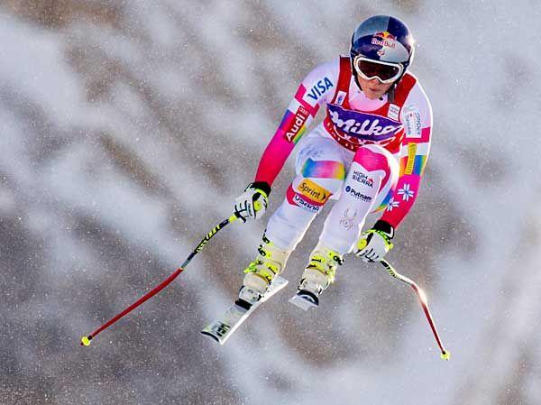W杯女子滑降で優勝したリンゼイ・ボン(米国)。1分44秒47で制し、W杯今季2勝目、通算61勝目でアンネマリー・モザー・プレル(オーストリア)が記録した女子歴代1位の62勝にあと1勝と迫った(フランス・バルディゼール)(2014年12月20日) 【EPA=時事】  ▼20Dec2014時事通信 アルペンスキー リンゼイ・ボン 写真特集 http://www.jiji.com/jc/d4?d=d4_spo&p=von001-jpp018387084 #Lindsey_Vonn