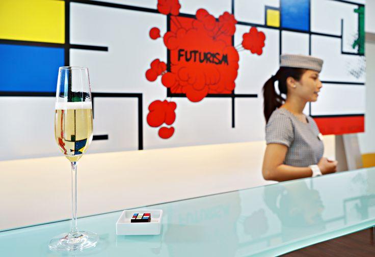 welcome champagne.  Luna2 studiotel, Bali. #Lunafood #champagne #mondrian #chocolate