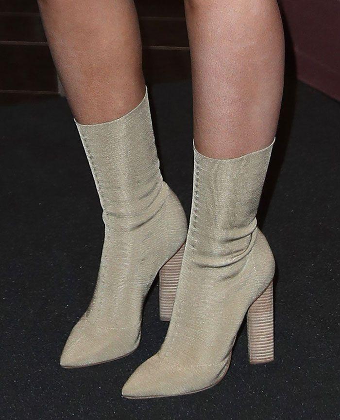 Iggy Azalea in Yeezy boots