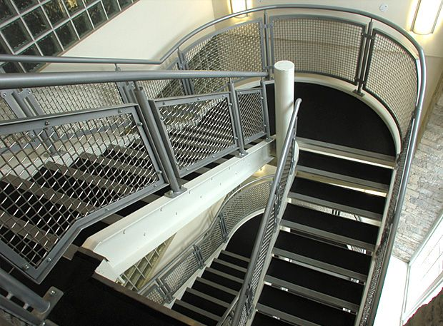 Stainless steel balustrade- modern and attractive with minimal maintenance