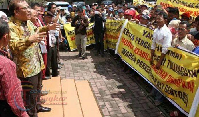 Sengketa Warga-TNI di Tulungagung Belum Ada Titik Temu