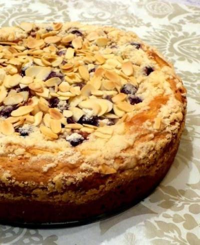 Meggyes-krémsajtos sütemény