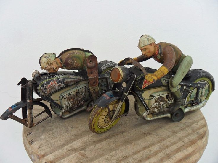 Rare Motorcycle Mac 700 Clockwork Arnold Made US. Zone Germany 1940's Tin Litho
