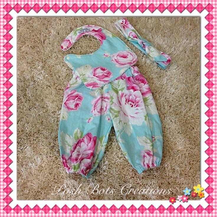 Newborn set handmade by Karen of Posh Bots Creations #handmade #baby #tanyawhelan