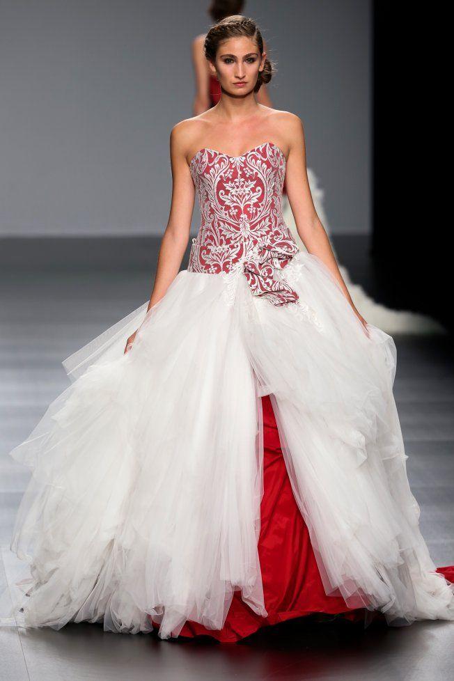 35 idées de robes de mariées originales
