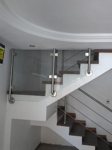 escaleras en acero inoxidable decorativo
