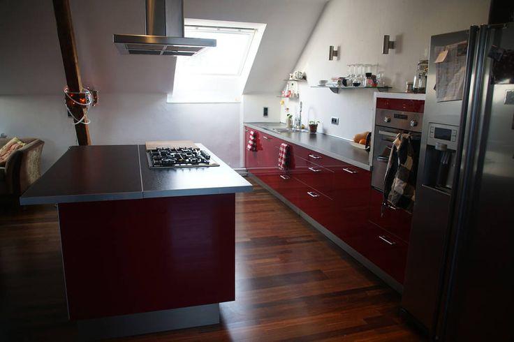 Schau Dir dieses großartige Inserat bei Airbnb an: Industrie Loft in Solingen…