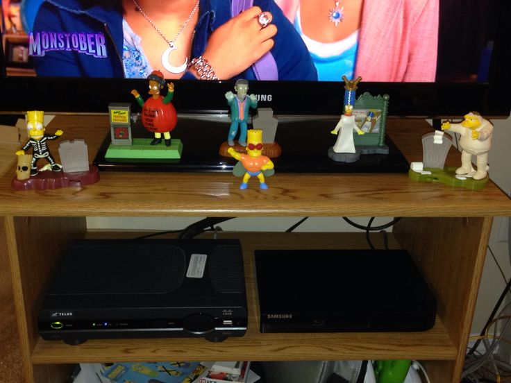TV Stand Halloween 2015