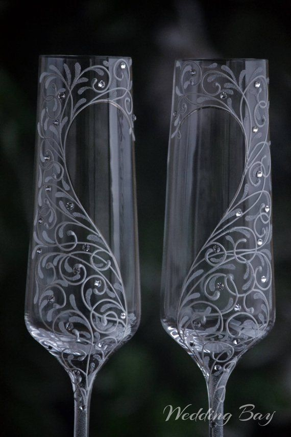 Personalized Wedding Glasses For Bride And Groom Toasting Flute