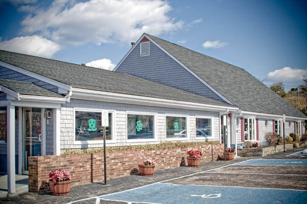 Sandy's Famous Seafood - Buzzards Bay,MA