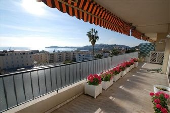 Apartment for sale on the Cote D'Azur. Gorgeous penthouse with sea and mountain views. #France #apartment #home