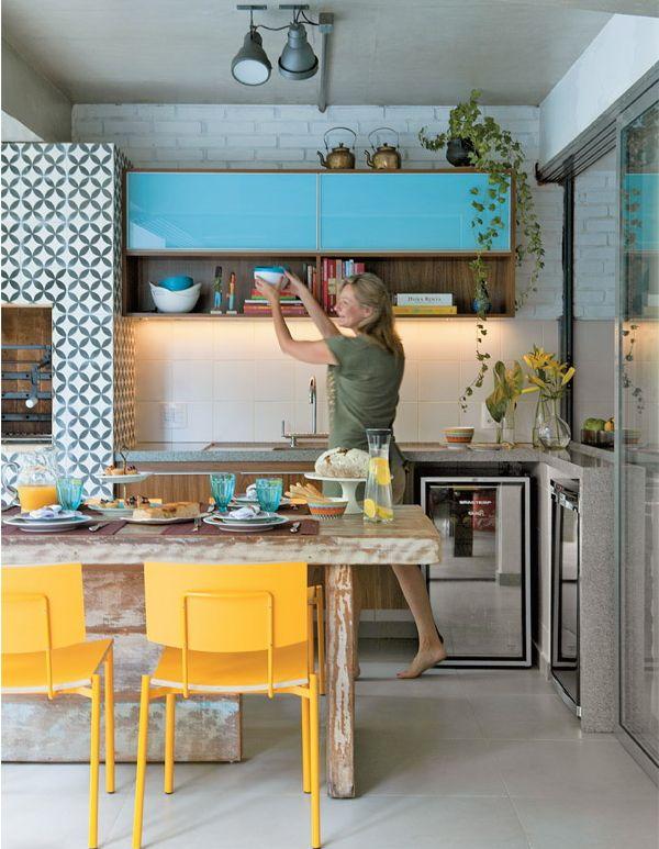 Casas Estampadas - cozinha Beautiful colorful kitchen