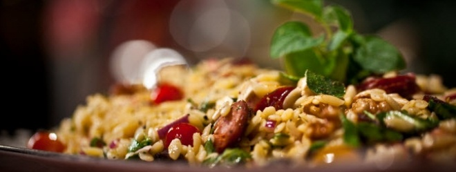 Zeste | Salade d'orzo au chorizo et à la féta