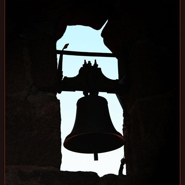 По ком звонит колокол... For whom the Bell Tolls #egypt #sinai #bell #египет #синай #колокол #горамоисея