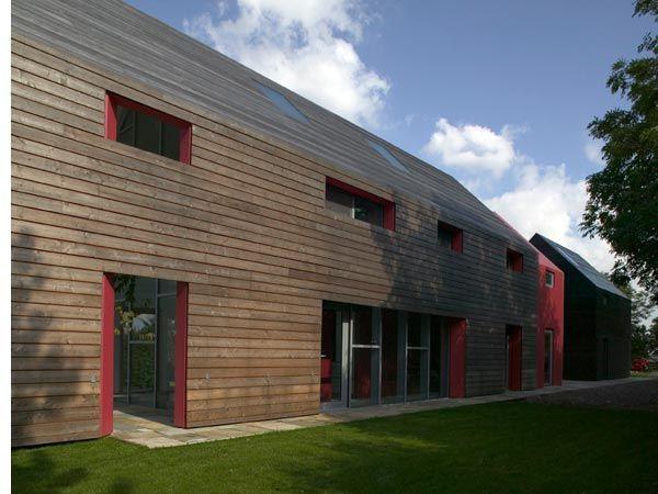 Best 25 modern barn house ideas on pinterest modern for Modern pole barn