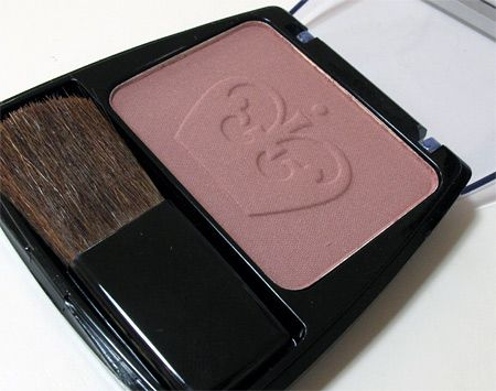 Rimmel LF Blush in Berry - Love this blush for fall/winter