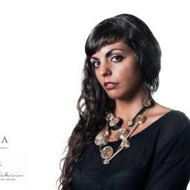 Cecília Ribeiro - Jewelry & Contemporary Design  Um trabalho com estética e alma Lusa.  Saiba e veja mais, acedendo ao artigo completo.  #bijuteria #jóias #moda #portugal