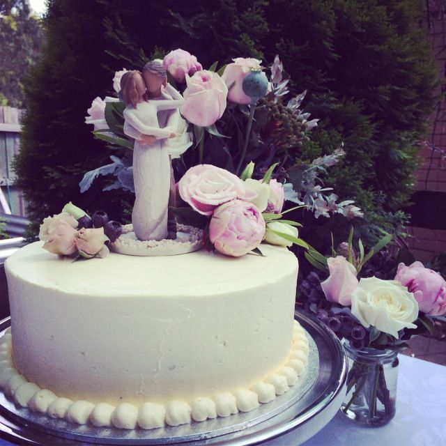 Wedding Cake by Creative Hunger