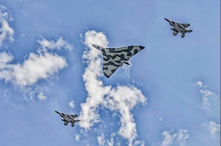 ‪#‎Vulcan‬ and ‪#‎F15‬ flypast i