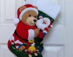 Resultado de imagen para botas de fieltro navideñas bucilla
