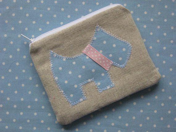 Scottie Dog Purse  Linen & Blue Spot  Zip by HomeChicHomeGifts
