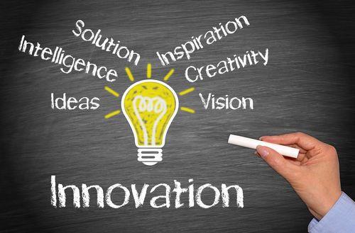 Si vous envisagez de lancer un nouveau produit ou service, vous allez être tenté par deux approches distinctes. Innovation de rupture ou incrémentale, quelle est la meilleure stratégie ? A lire : http://www.webmarketing-com.com/2015/06/09/38285-innovation-de-rupture-incrementale-meilleure-strategie